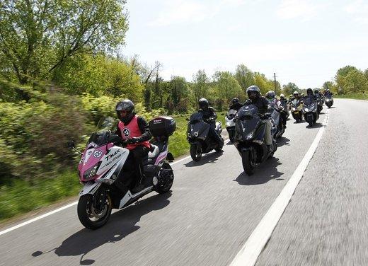 Yamaha TMax 530 e Club TMax ASD al via del Giro d'Italia del Record - Foto 13 di 19