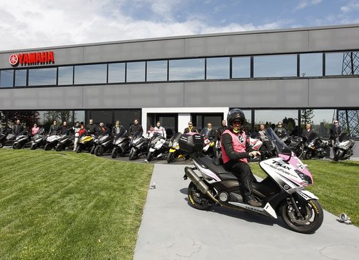 Yamaha TMax 530 e Club TMax ASD al via del Giro d'Italia del Record - Foto 5 di 19