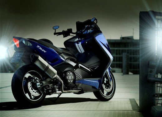 Yamaha TMax Hyper Modified by Marcus Walz - Foto 26 di 33