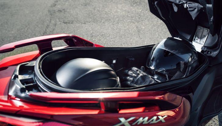Yamaha X-Max 125: confort, tecnologia e stile - Foto 15 di 25