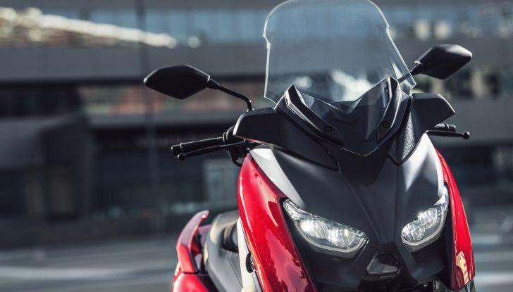 Yamaha X-Max 125: confort, tecnologia e stile - Foto 19 di 25