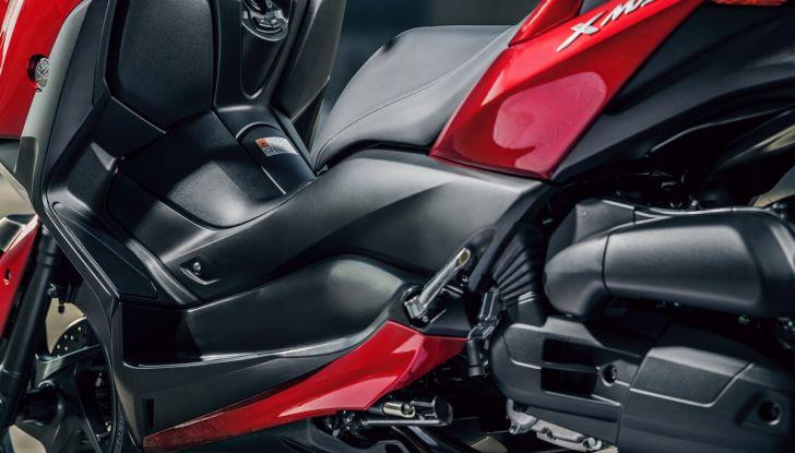 Yamaha X-Max 125: confort, tecnologia e stile - Foto 23 di 25