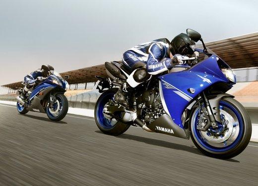 Yamaha YZF-R1 Race Blue