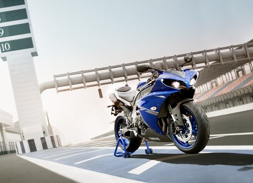 Yamaha YZF-R1 Race Blue - Foto 9 di 9