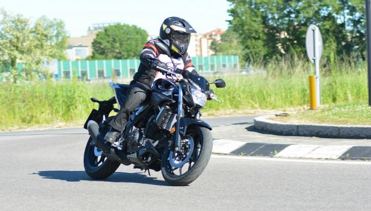 Prova Yamaha MT-03: entry level con qualcosa in più - Foto 17 di 28