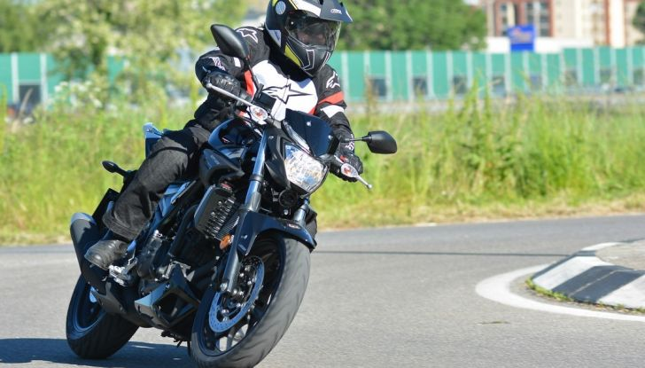 Prova Yamaha MT-03: entry level con qualcosa in più - Foto 20 di 28