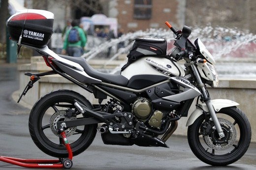 Yamaha XJ6 moto del Giro d'Italia - Foto 8 di 28