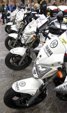 Yamaha XJ6 moto del Giro d'Italia - Foto 17 di 28