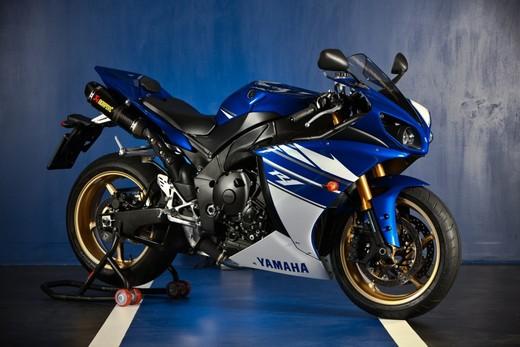 "Yamaha R1 2010 ""Akrapovic"" - Foto 8 di 16"