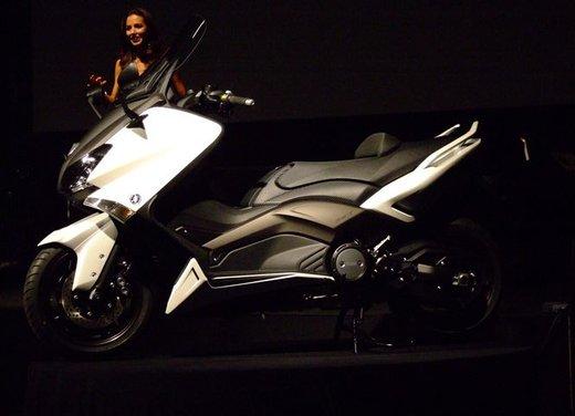 Yamaha TMax - Foto 4 di 17
