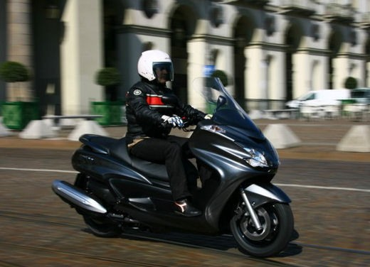 Yamaha Majesty 400 - Foto 9 di 34