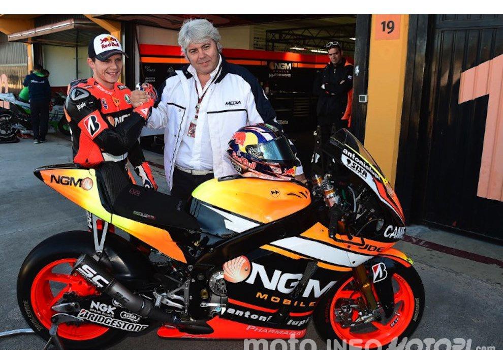 Aprilia, ingaggiato Stefan Bradl dopo l'addio di Melandri e Team Forward al MotoGP - Foto 3 di 9