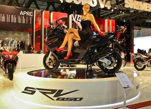Aprilia SRV 850: disponibile ad un prezzo di 9.630 Euro da gennaio 2012 - Foto 2 di 15