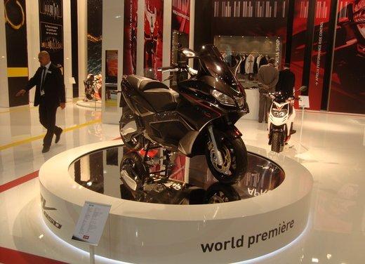 Aprilia SRV 850: disponibile ad un prezzo di 9.630 Euro da gennaio 2012 - Foto 7 di 15