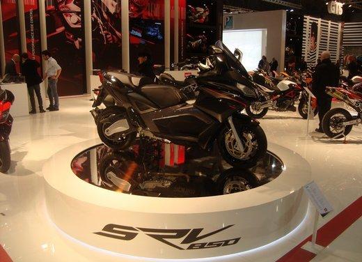 Aprilia SRV 850: disponibile ad un prezzo di 9.630 Euro da gennaio 2012 - Foto 5 di 15