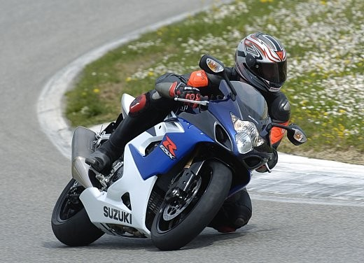 Suzuki GSX-R 1000: Test Ride - Foto 1 di 24