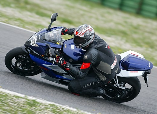 Suzuki GSX-R 1000: Test Ride - Foto 6 di 24