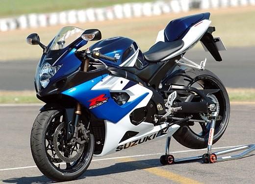 Suzuki GSX-R 1000: Test Ride - Foto 11 di 24