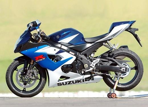 Suzuki GSX-R 1000: Test Ride - Foto 12 di 24
