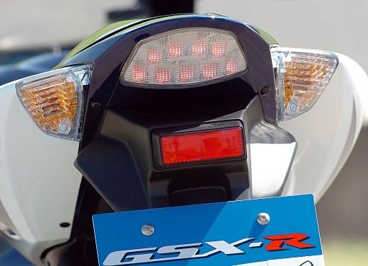 Suzuki GSX-R 1000: Test Ride - Foto 16 di 24