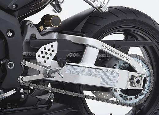 Honda CBR 600 RR '05 - Foto 17 di 21
