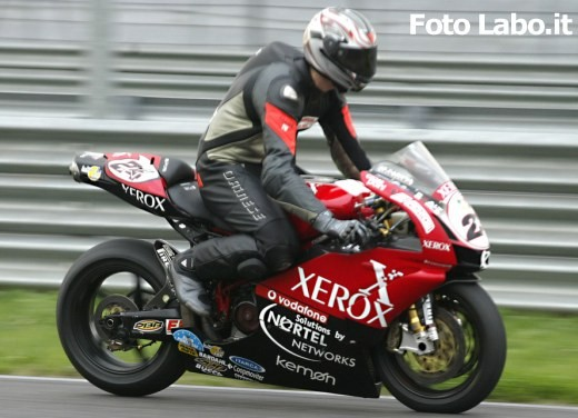 Ducati 999RS Superbike: Racing Test - Foto 7 di 18