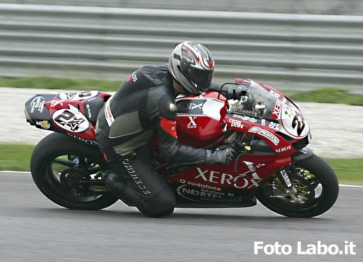 Ducati 999RS Superbike: Racing Test - Foto 9 di 18