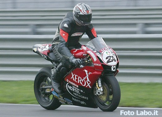 Ducati 999RS Superbike: Racing Test - Foto 11 di 18