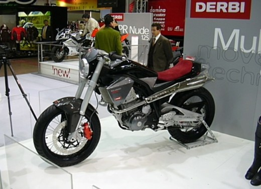 derbi al motor show 2004 - Foto 1 di 9