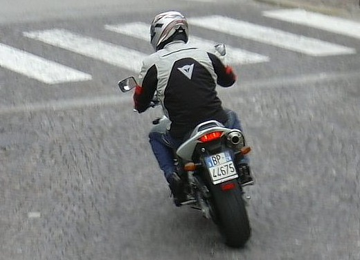 Honda Hornet 600 '04: Test Ride - Foto 3 di 3