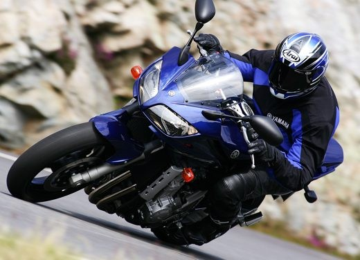 Yamaha Fazer 1000 - Foto 4 di 9