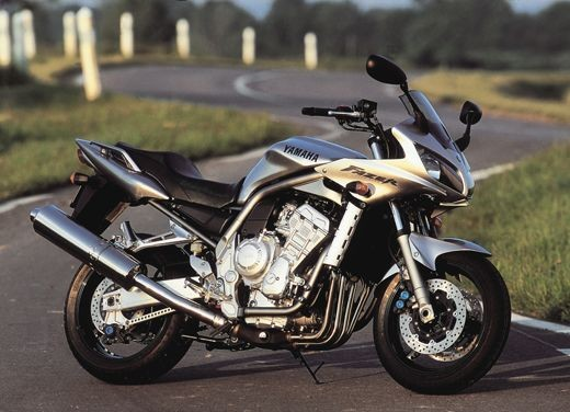 Yamaha Fazer 1000 - Foto 6 di 9