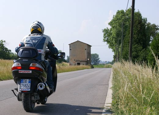 Suzuki Burgman 650 – Long Test Ride - Foto 20 di 45