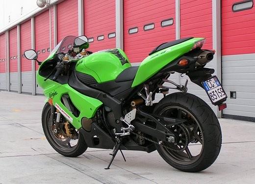 Kawasaki Ninja ZX-6R '05: Test Ride - Foto 7 di 17