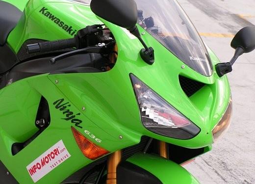 Kawasaki Ninja ZX-6R '05: Test Ride - Foto 9 di 17