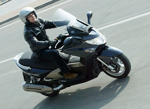 Kymco Xciting 500: Test Ride - Foto 5 di 11