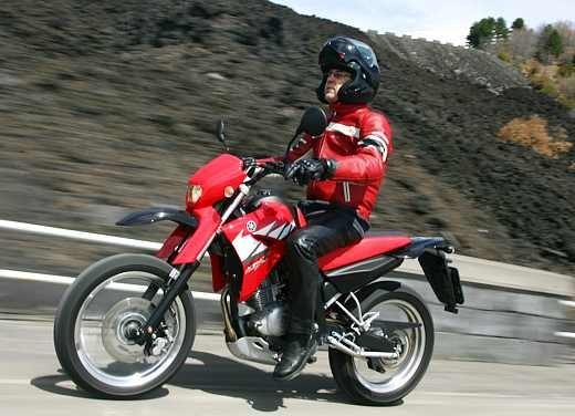 Yamaha XT125 X: Test ride - Foto 7 di 19