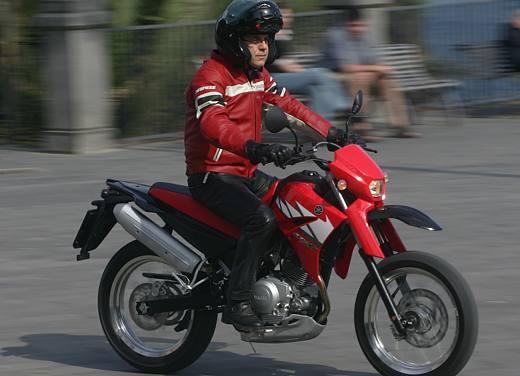 Yamaha XT125 X: Test ride - Foto 8 di 19