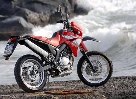 Yamaha XT125 X: Test ride - Foto 9 di 19
