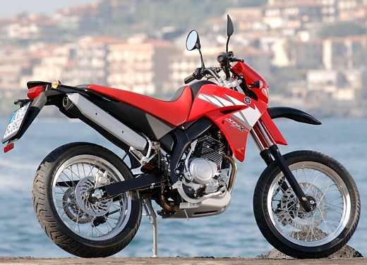 Yamaha XT125 X: Test ride - Foto 11 di 19