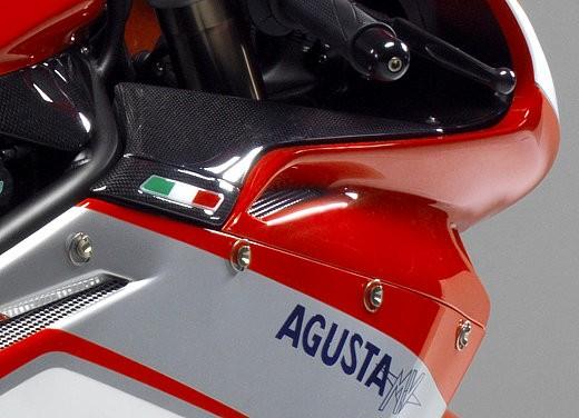 MV Agusta F4 1000 Corse - Foto 7 di 10