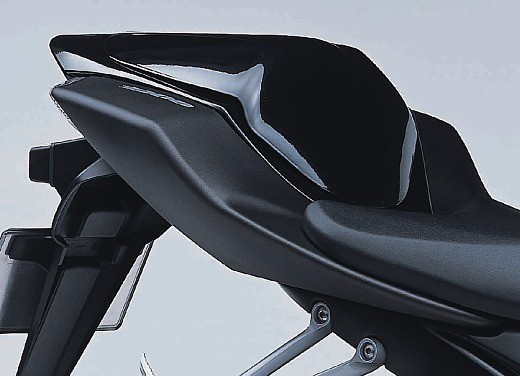 Suzuki GSX-R 1000 K5 Mat Black - Foto 8 di 10