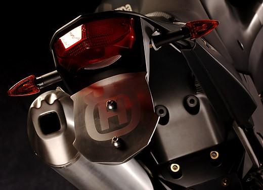 Husqvarna SM 610ie – Long Test Ride - Foto 42 di 48