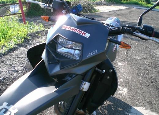 Husqvarna SM 610ie – Long Test Ride - Foto 19 di 48