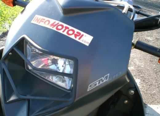 Husqvarna SM 610ie – Long Test Ride - Foto 20 di 48