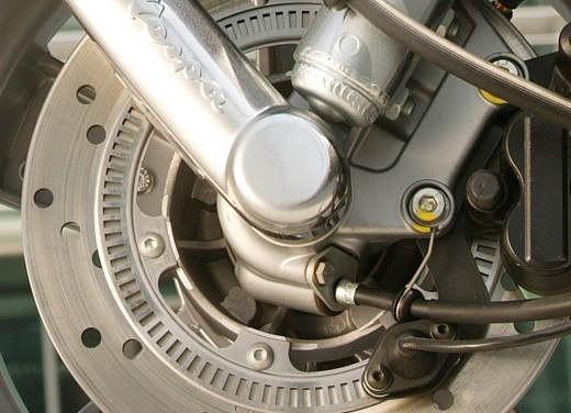 Nuova Vespa GTS 250: Test Ride - Foto 17 di 18