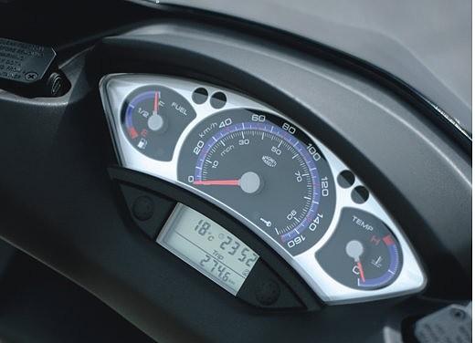 Yamaha X-Max - Foto 14 di 15