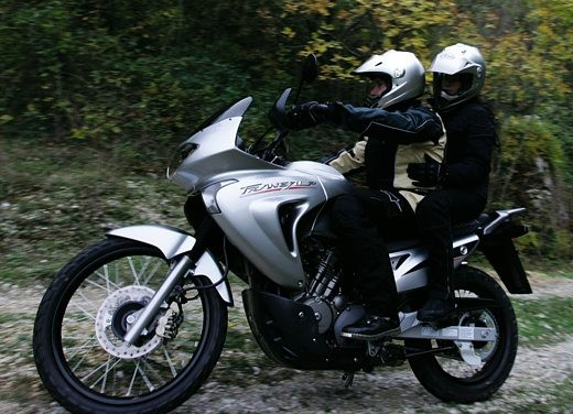 Honda XL650V Transalp 05 - Foto 2 di 15