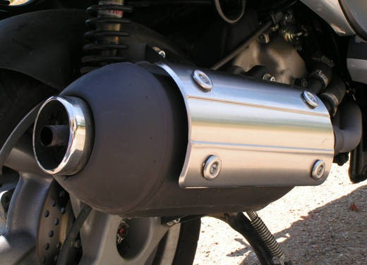 Malaguti Phantom Max 250: Test Ride - Foto 19 di 24