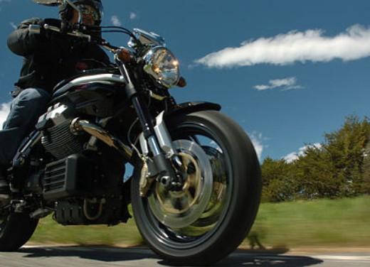 Moto Guzzi Griso 1100: Test Ride - Foto 17 di 35